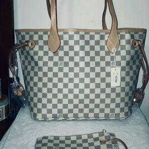 Neverfull size MM Louis Vuitton